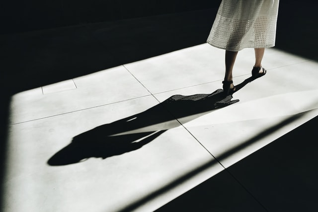 影のイメージ画像
