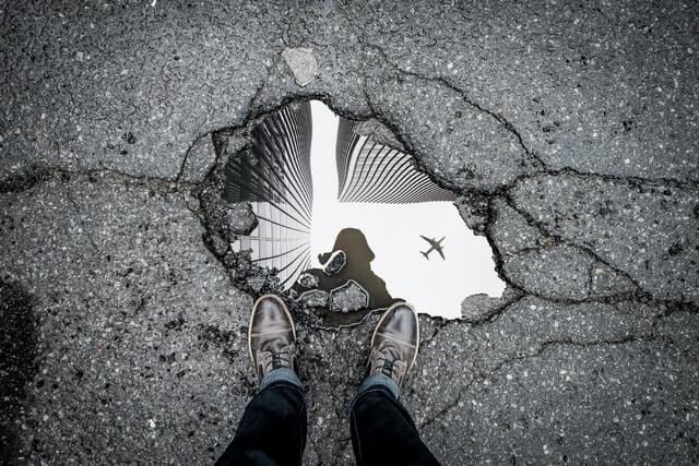 鏡の画像イメージ